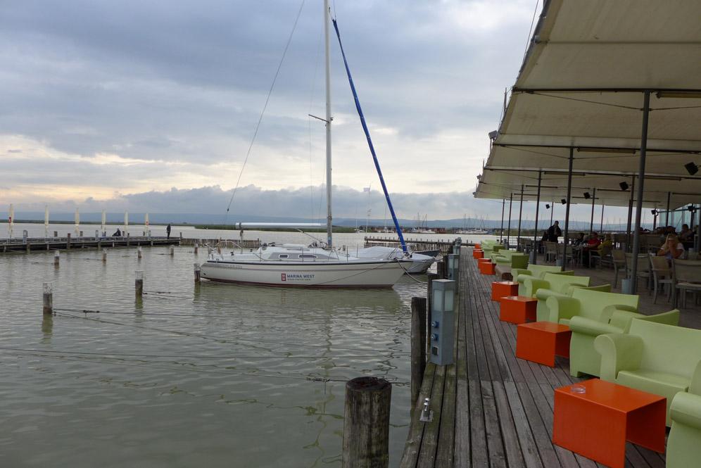 Restaurant Mole West mit wunderbarem Blick über den Neusiedler See