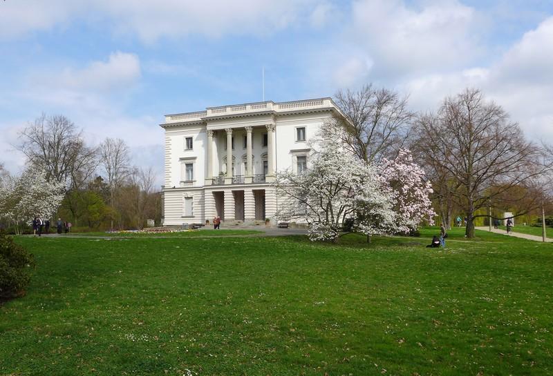 Weißes Haus im agra-Park