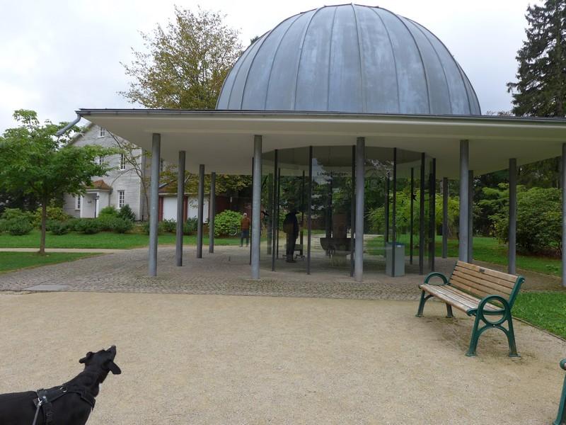 Trinkpavillon mit Heilwasser