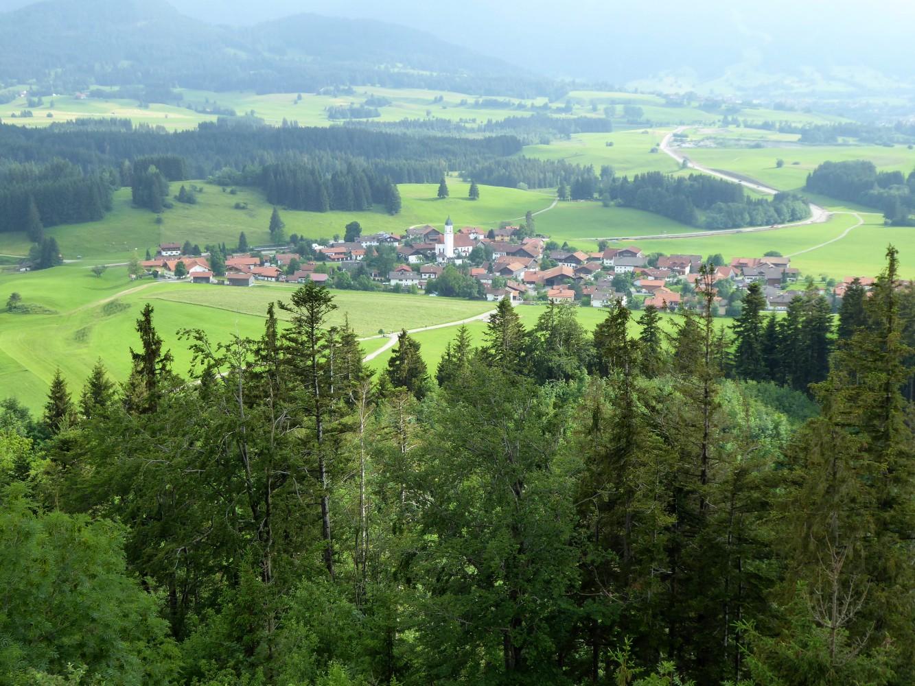 Blick auf Zell von Burgruine Eisenberg